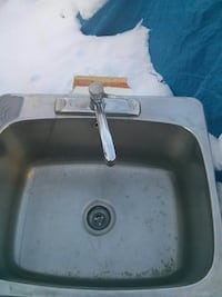 Large top mount stainless steel sink Innisfil, L9S 2K7