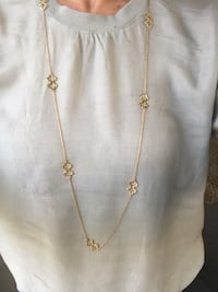 Stella and Dot clover necklace 3490 km