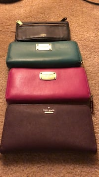 Authentic wallets Mississauga, L5N 2R8