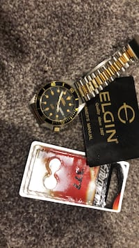 Elgin watch.  in New Haven.Needs a battery the battery in the picture are used already for another item New Haven, 06512