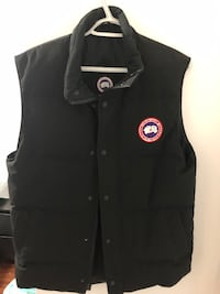 Canada goose Vest small Authentic Toronto, M6M 0A2
