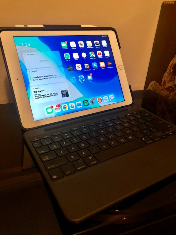 iPad 32GB 6th Generation (Silver)