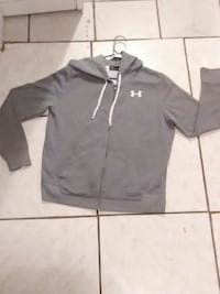 BRAND NEW LARGE UNDER ARMOUR HOODIE