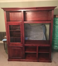 Entertainment Center Solid Wood Great Shape Grand Coteau, 70584