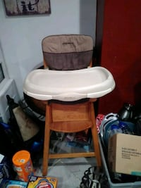 baby's white and brown high chair Amsterdam, 12010
