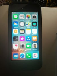 Iphone S e unlocked 64gb charger ext  Toronto, M8X 1A5