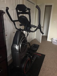 Bowflex with touchscreen (new- gently used ) East Haven, 06513