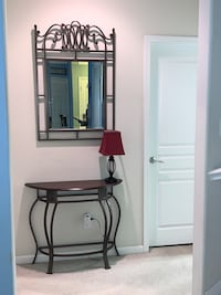 Entry console table, console mirror and small light set.