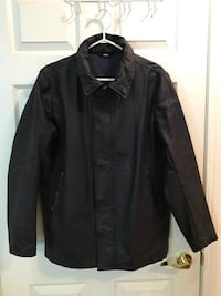 Club Monaco waxed trench coat jacket medium Toronto, M2N 7M2