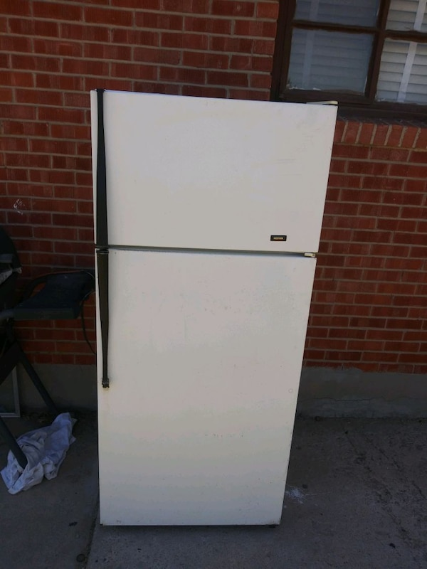 Used Roper apartment size refrigerator for sale in El Paso ...