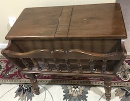 Storage table - vintage Early American. Size 28 x 18 x 24
