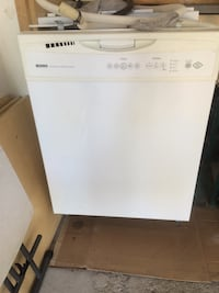 White dishwasher Brampton, L6V