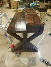 Custom wooden table with Bangalore box. Quantico, 22134