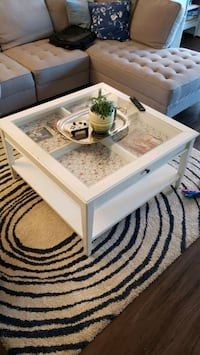 Coffee Table Calgary, T2V 4S1