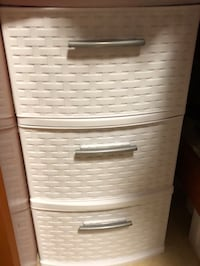 White and gray plastic 3-drawer chest Tampa, 33606