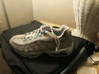 pair of gray-and-black running shoes Allentown, 18102
