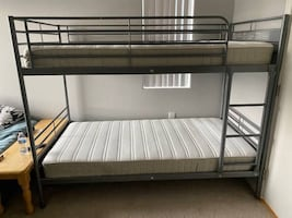 Twin over twin Bunkbeds from ikea with clean mattresses