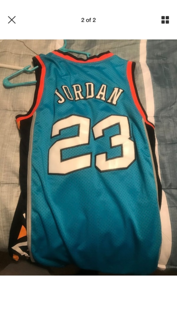 super cute b5bf2 600db blue and white Nike Lebron James 23 jersey