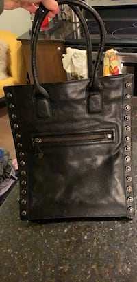 Kenneth Cole Tote Bag  535 km