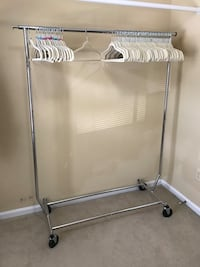 Clothing rack (folding/rolling) Woodbridge, 22192