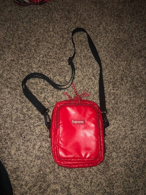 2a835cd7bcd9 Used Supreme Fanny Pack for sale in Kings Park - letgo
