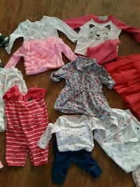 42 pieces of 3-6month clothes. Beverly Hills, 34465