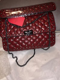 High quality Valentino bag!! Not real!! Sacramento