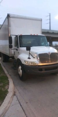 2 movers strong Men Houston, 77031