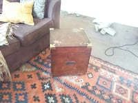 Wood chest table Stafford, 22554