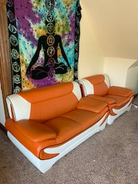 Funky, comfortable couches! Milwaukee, 53211