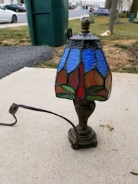 Stain glass desk lamp