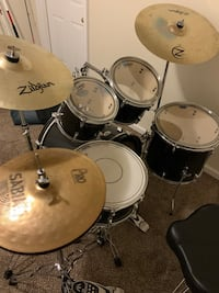 Pearl soundcheck drum kit like new Dover, 17315