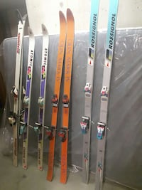 4 pairs of skis  Burnaby, V5H 4B8