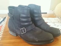 Size 9 womens black leather boots  Mount Annan, 2567