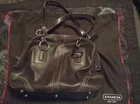 Coach large bag great for travel full leather..... Large coach leather bag Vancouver, V5V 4X8