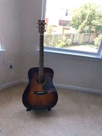 YAMAHA ACOUSTIC GUITAR  Sugar Land, 77478