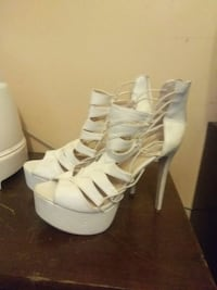 White Stilleto platform heels  Woodbridge, 22193