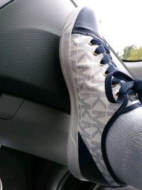 unpaired gray and white low-top sneaker Moreno Valley, 92553