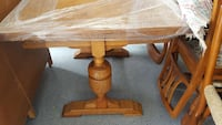 Solid oak dining table with 6 chairs  Nanaimo, V9S 3P6