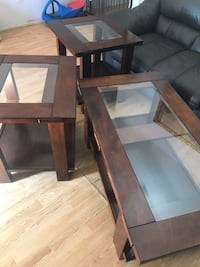 Mid-Table/Coffee table and 2 lamp stands  Houston, 77072