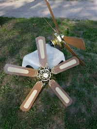 brown wooden 5-blade ceiling fan Penetanguishene, L9M 1R3