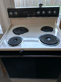 Whirlpool Self Cleaning Electric Stove Mechanicsburg, 17050