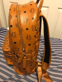 MCM BACKPACK 100% AUTHENTIC! New York, 11212