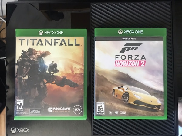 XBOX ONE w/ 2 Games and Controller  d697bf30-5c5d-4e3f-bcad-28ceb6efb96d