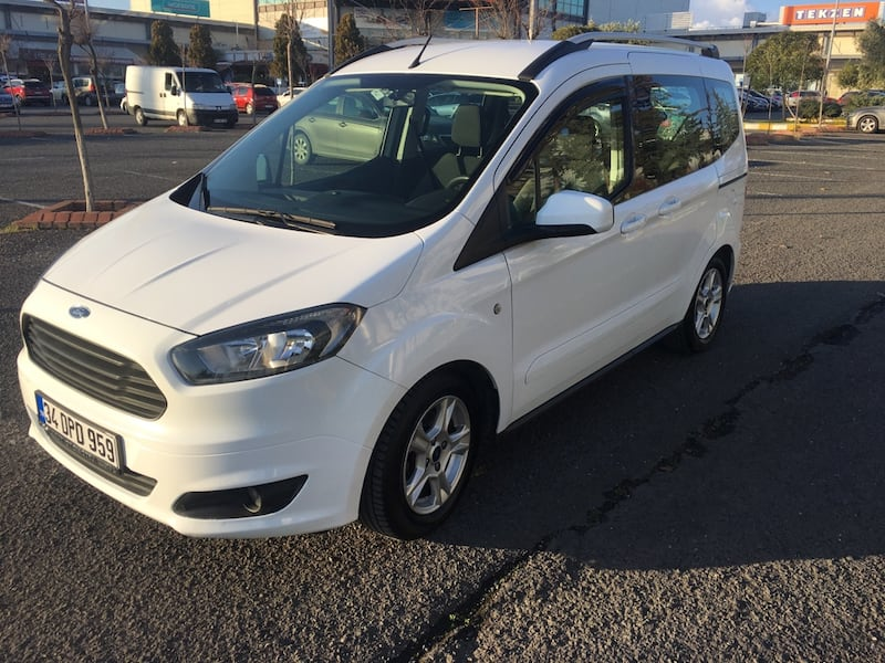 2017 Ford Tourneo Courier Journey 1.6L TDCI 95PS EU5 TREND 32b521c6-ca66-470b-b3f8-1a25619a4d88