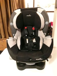 Children's car seat York, M6M 2C6