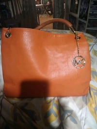 brown Michael Kors leather tote bag Oklahoma City, 73130