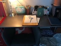 - MOVING SALE - leaving November - Desk & chair combo Toronto, M5V 0H7