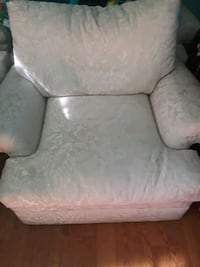 Need gone Couch and oversized chair with ottoman Vallejo, 94590