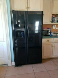 black side-by-side refrigerator with dispenser Germantown, 20874